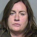 Cuatro mujeres, un juicio, sesión Bondage y un pene pegado al estómago 2