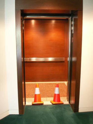 Fantasías sexuales: Hacer el amor en el ascensor 1