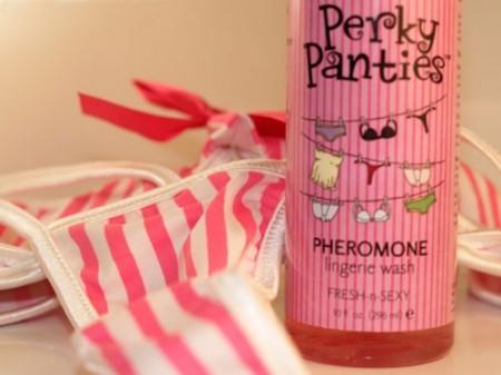 Perkie Panties, feromonas para lavar la ropa interior 1