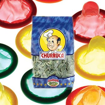 Utilizan una bolsa de pipas como preservativo 1