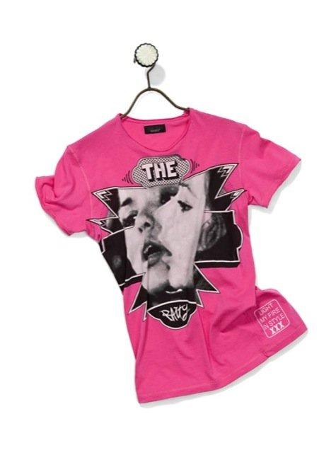 ¿Voyeur? No te pierdas estas camisetas 3