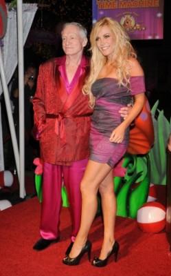 Nueva boda en el universo Playboy 1