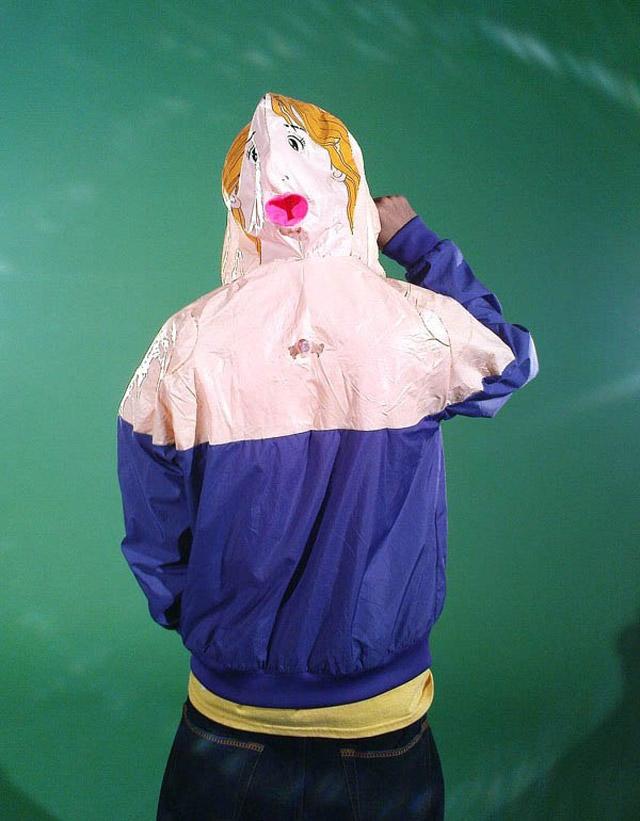 De muñeca hinchable a ropa 1