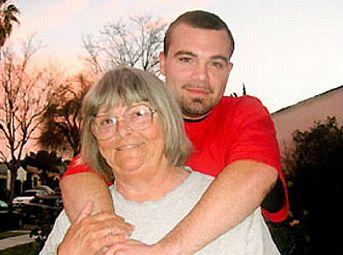 Enamorado de su abuela 1