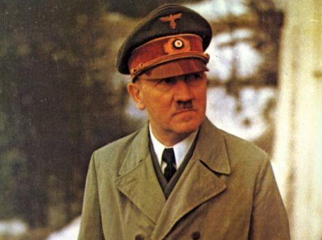 Hitler y las muñecas hinchables 1